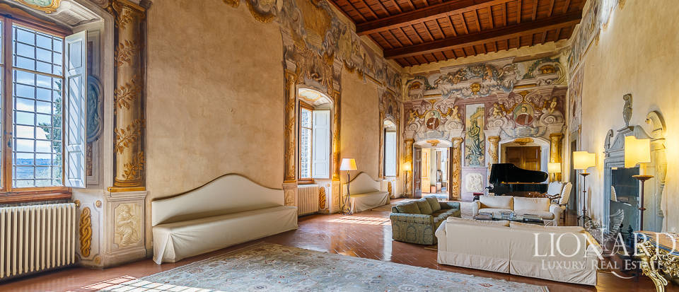 Villa for sale in Florence Image 38