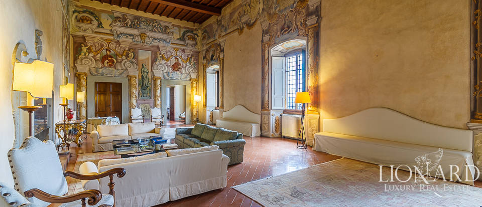 Villa for sale in Florence Image 35