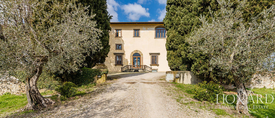 Villa for sale in Florence Image 8