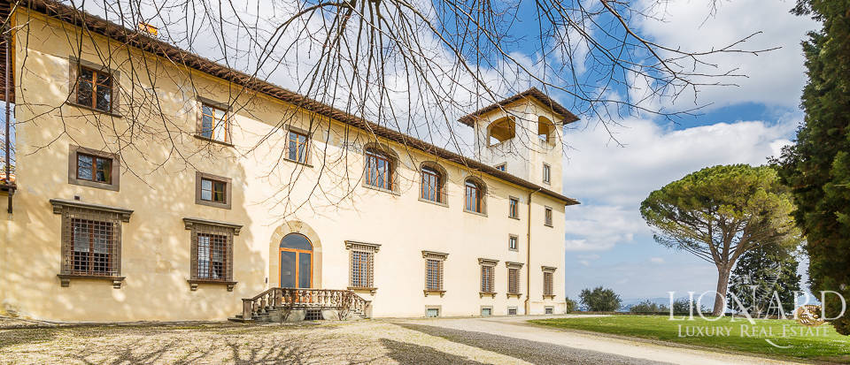 Villa for sale in Florence Image 9