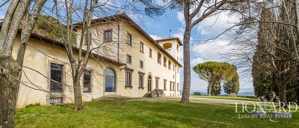 Villa for sale in Florence Image 5
