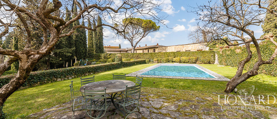 Villa for sale in Florence Image 21