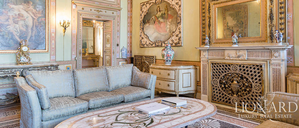Historical villa in Turin for sale Image 36