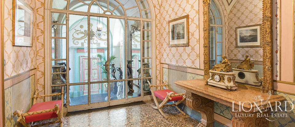 Historical villa in Turin for sale Image 43