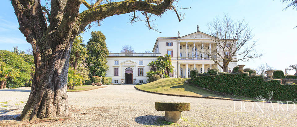 Historical villa in Turin for sale Image 8