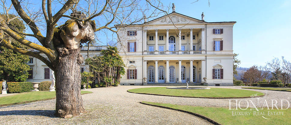 Historical villa in Turin for sale Image 4