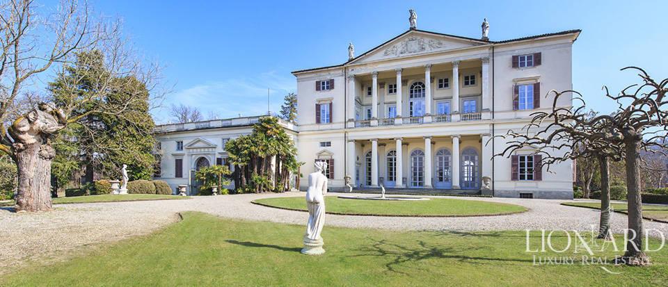 Historical villa in Turin for sale Image 3