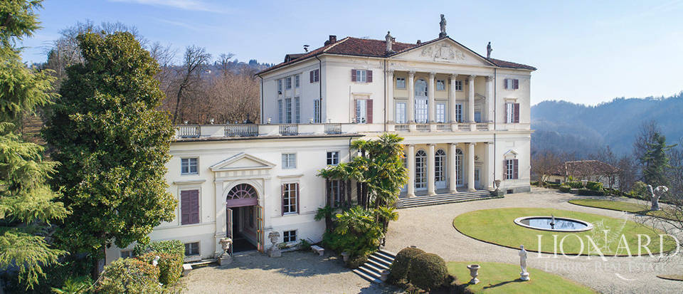 Historical villa in Turin for sale Image 5