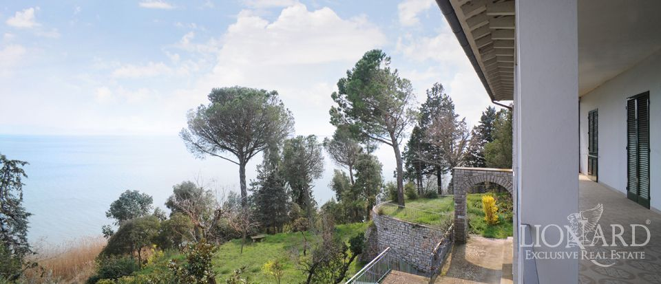 Villa on Trasimeno Lake