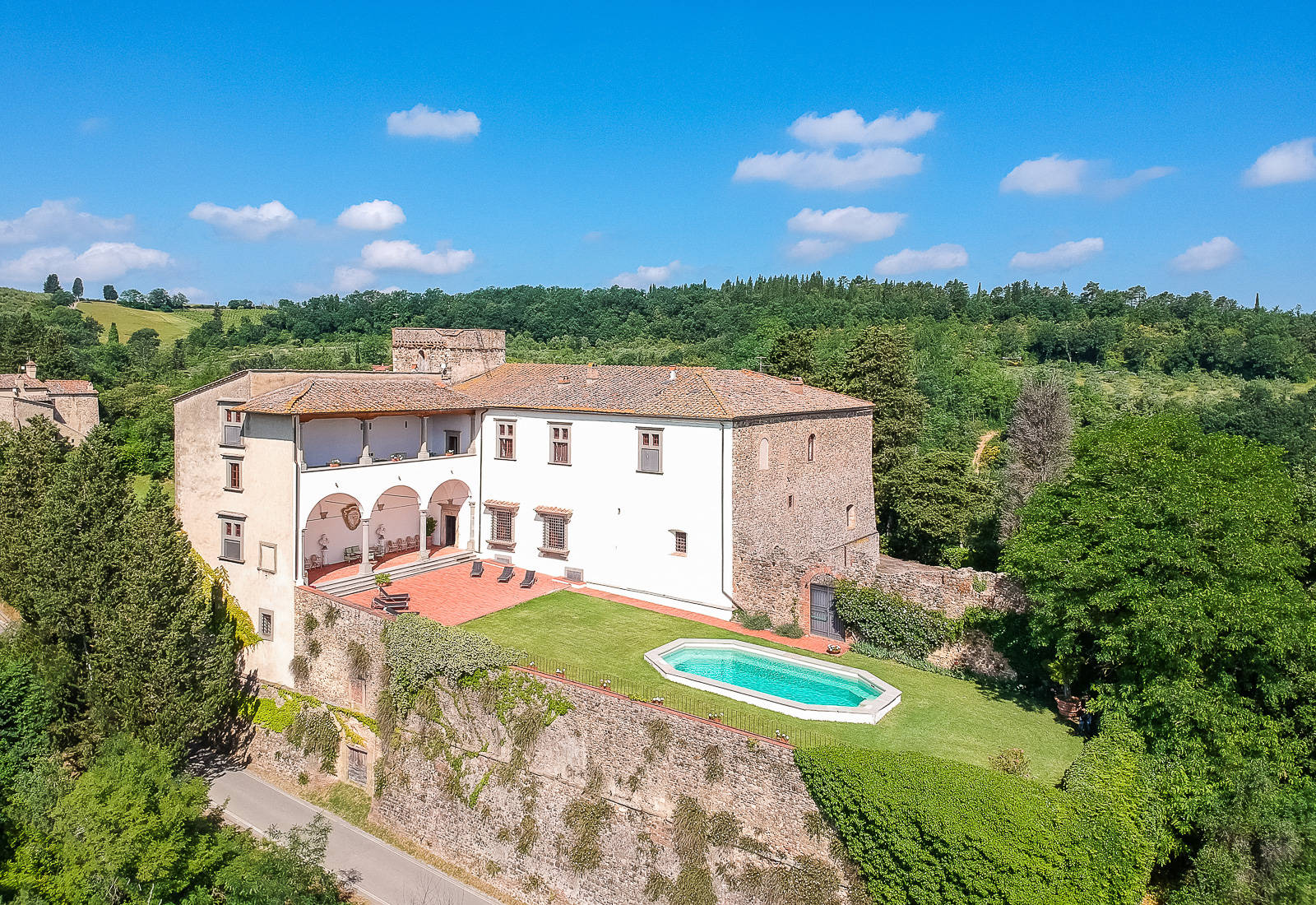 prestigious_real_estate_in_italy?id=2021