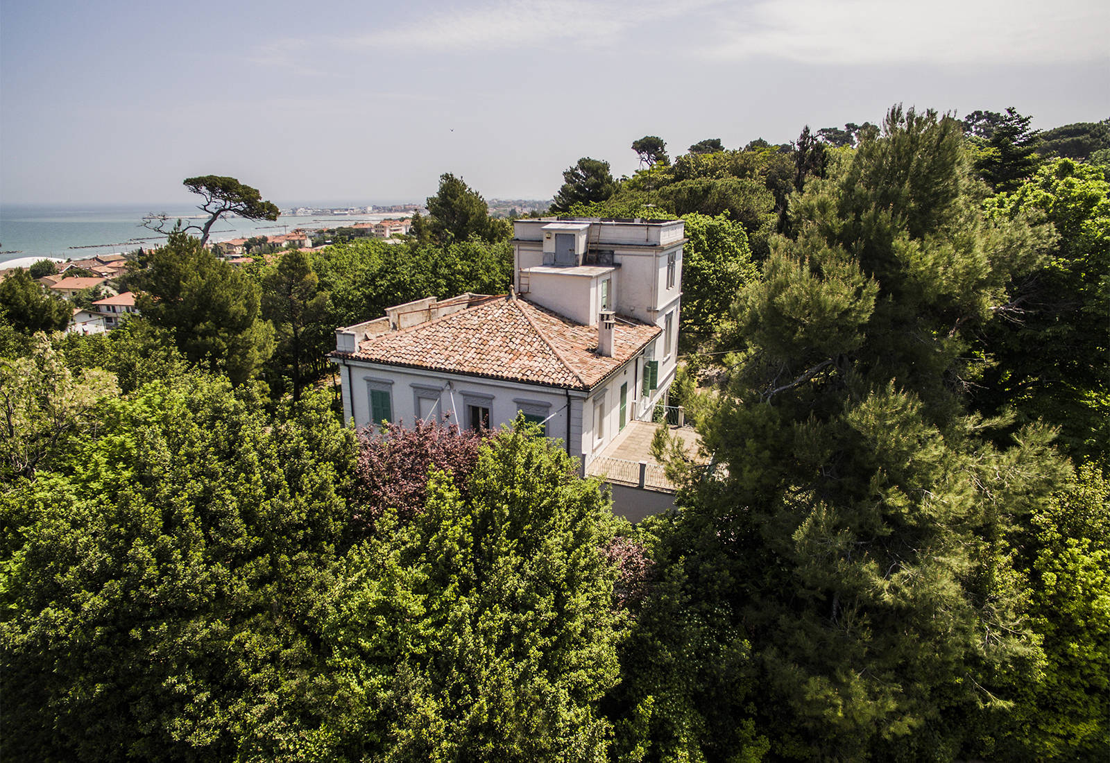 prestigious_real_estate_in_italy?id=2022