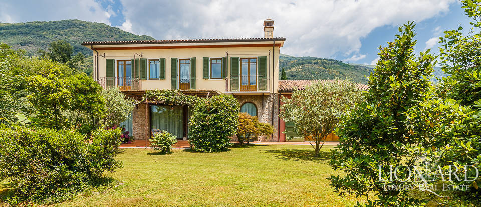 Stunning luxury villa for sale in Camaiore  Image 1