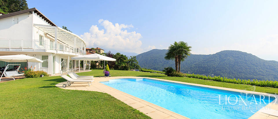 Wonderful villa with a view of Lake Lugano for sale Image 1