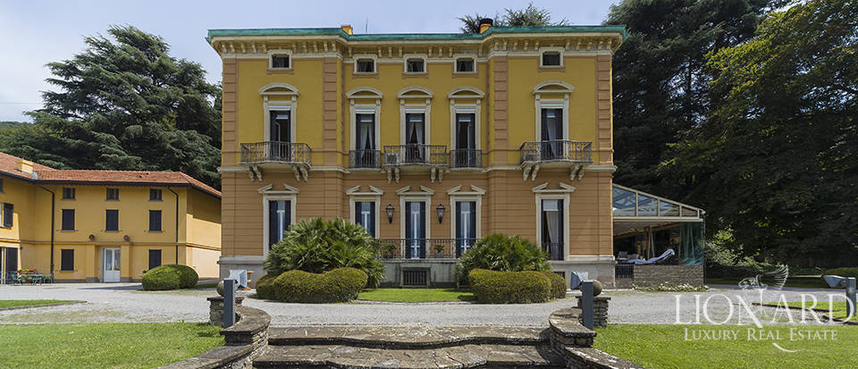 Prestigious villa for sale in Bergamo Image 1