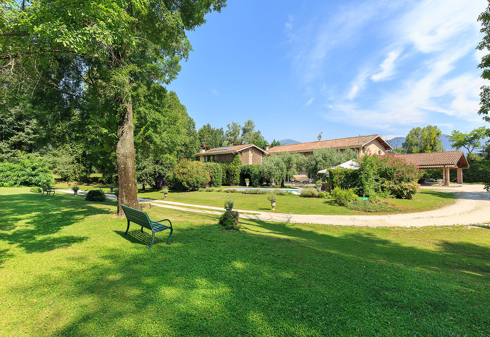 prestigious_real_estate_in_italy?id=2096
