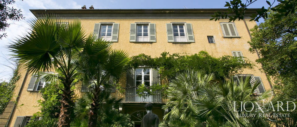 Charming villa for sale in Forte dei Marmi - Roma Imperiale Image 1