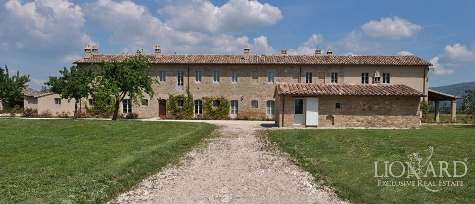 italian luxury homes umbria real estate for sale