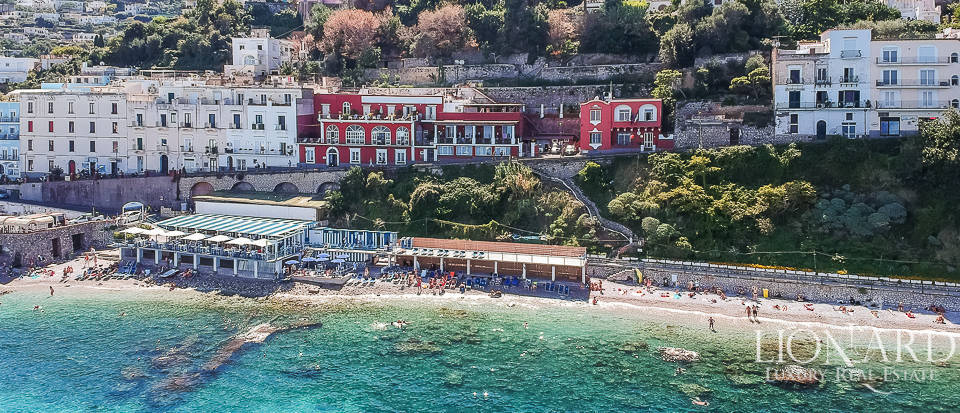 Hotel in an exclusive sea-front position in Capri Image 1