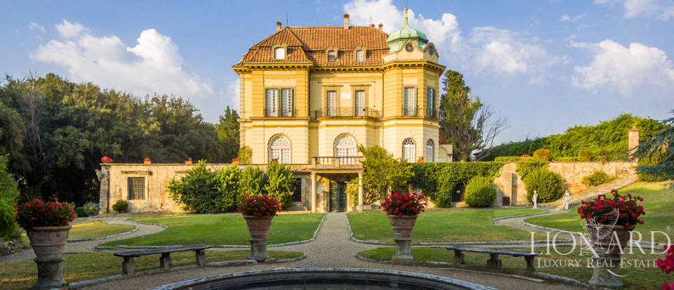 Villa Florence - Mansions For Sale Image 9