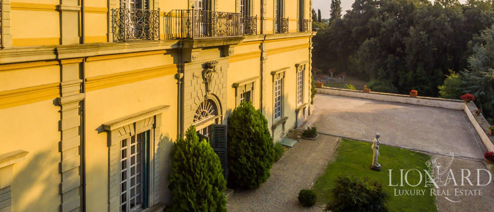 Villa Florence - Mansions For Sale Image 11