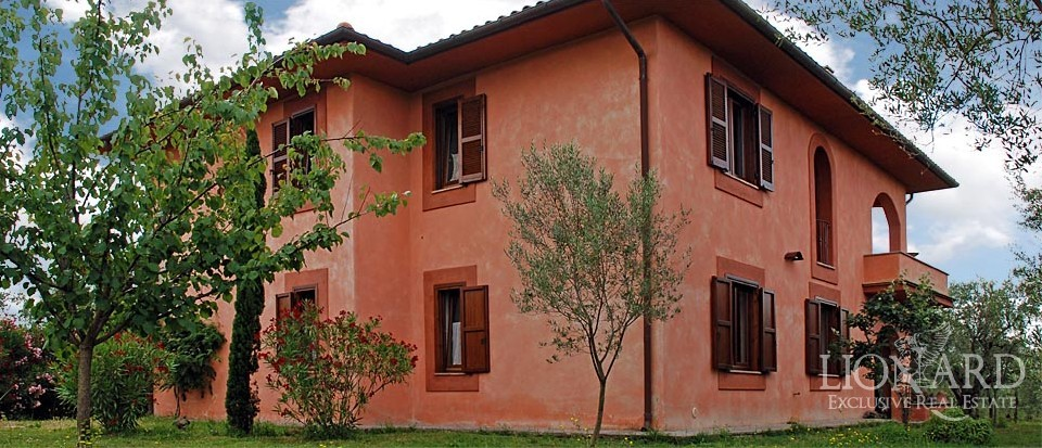 ko luxury homes in italy for sale