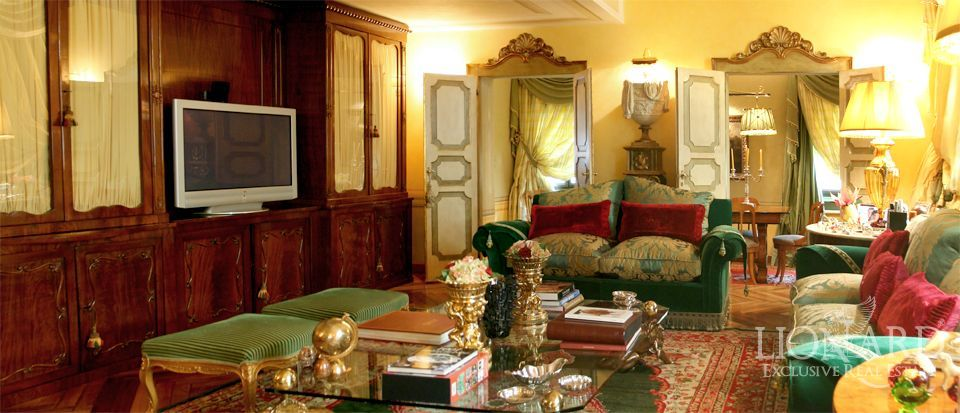 luxury properties in italy tuscany real estate
