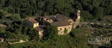 italy real estate for sale tuscany property