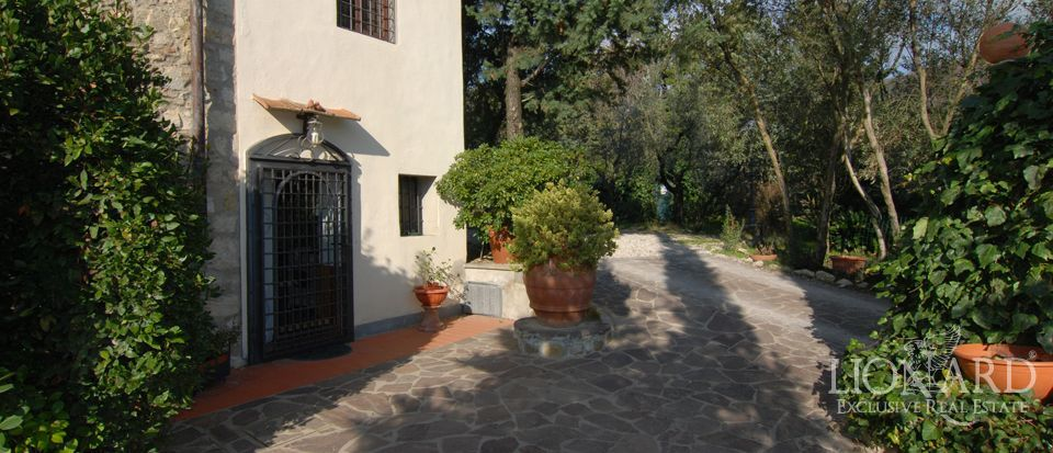high end real estate exclusive properties tuscany italy jp