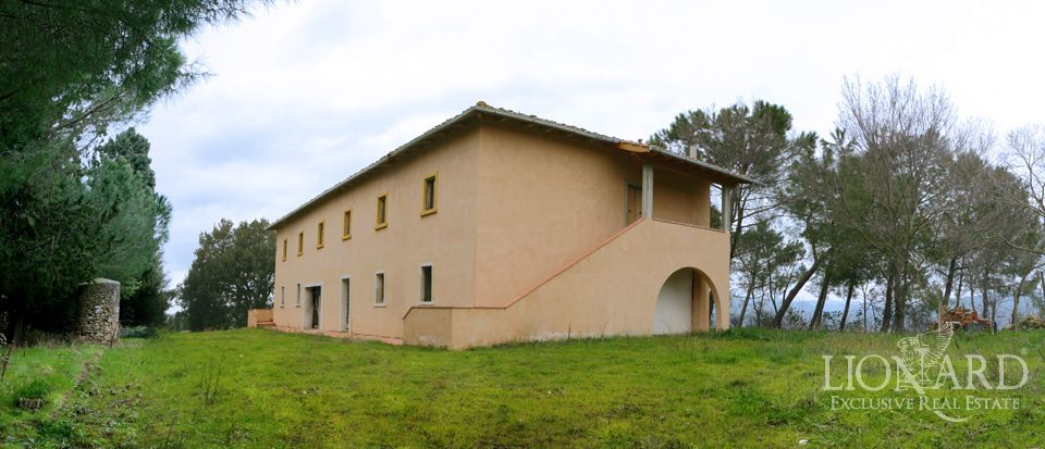 tuscan property buy house italy jp