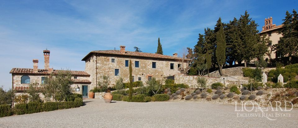 luxury homes in tuscany farmhouses for sale italy