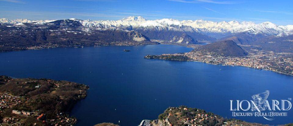EXCLUSIVE VILLA ON LAKE MAGGIORE Image 1