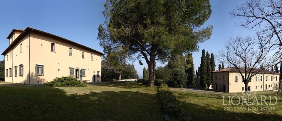 Luxury villa in tuscany lionard for Real estate in florence italy