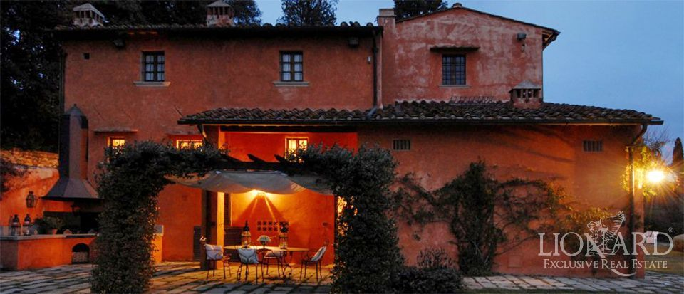 Villa in florence tuscany lionard for Lionard luxury real estate