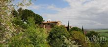 farmhouses for sale in italy tuscany villas with pools