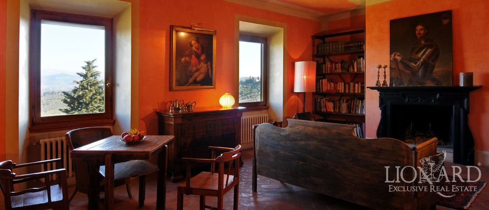 Apartment on the florentine hills