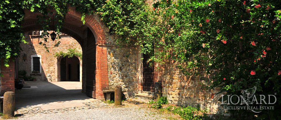 Castle in Piacenza for sale