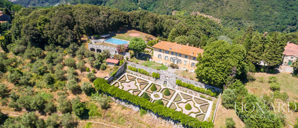 Luxury Real Estate Italy - Luxury Villas in Tuscany Image 13