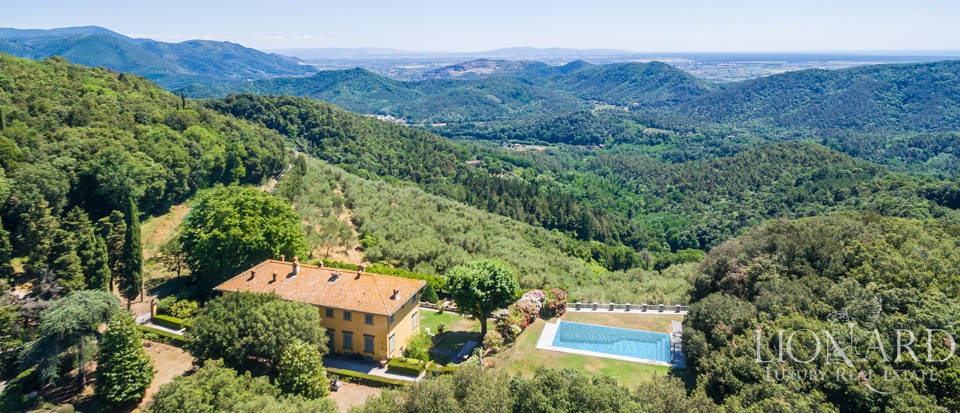 Luxury Real Estate Italy - Luxury Villas in Tuscany Image 9
