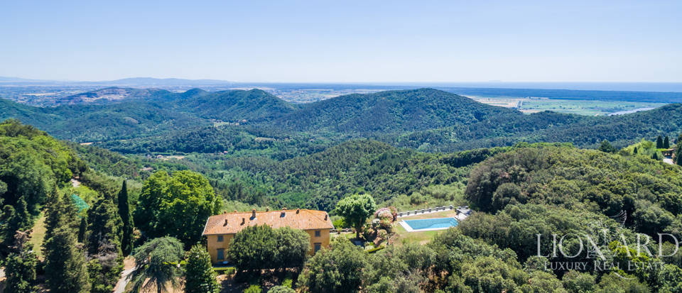 Luxury Real Estate Italy - Luxury Villas in Tuscany Image 17