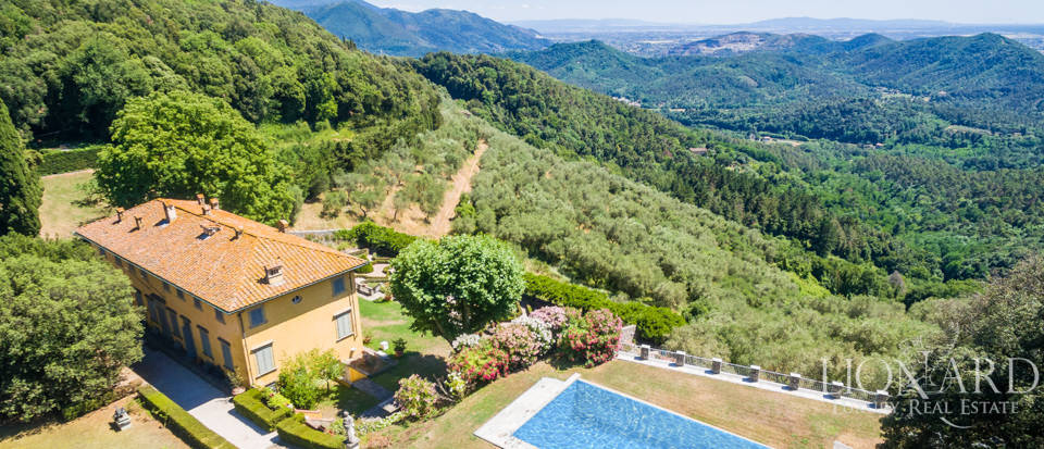 Luxury Real Estate Italy - Luxury Villas in Tuscany Image 8