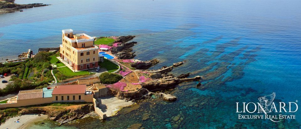 Luxury Villa For Sale Sardinia - Sea Front Villa Italy