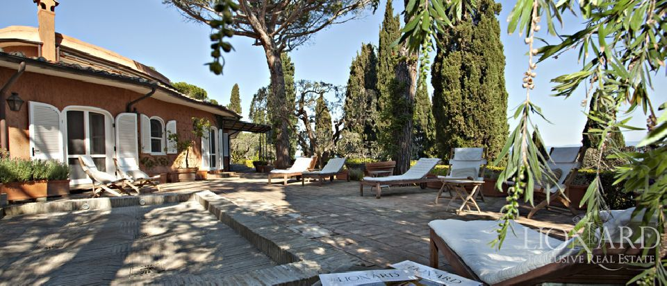 Real estate – Tuscany villa Image 1