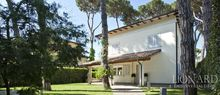 luxury villa for sale forte dei marmi jp