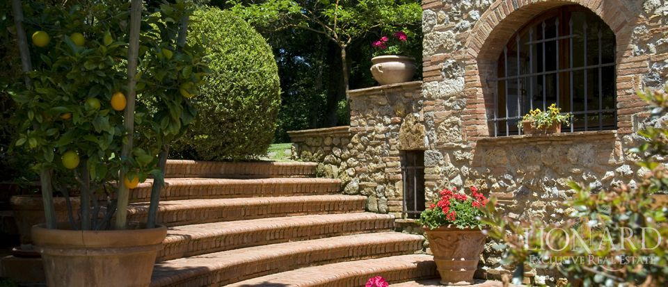 Luxury Villa - Properties in Tuscany Image 14