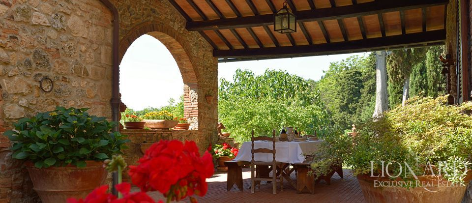 Luxury Villa - Properties in Tuscany Image 12