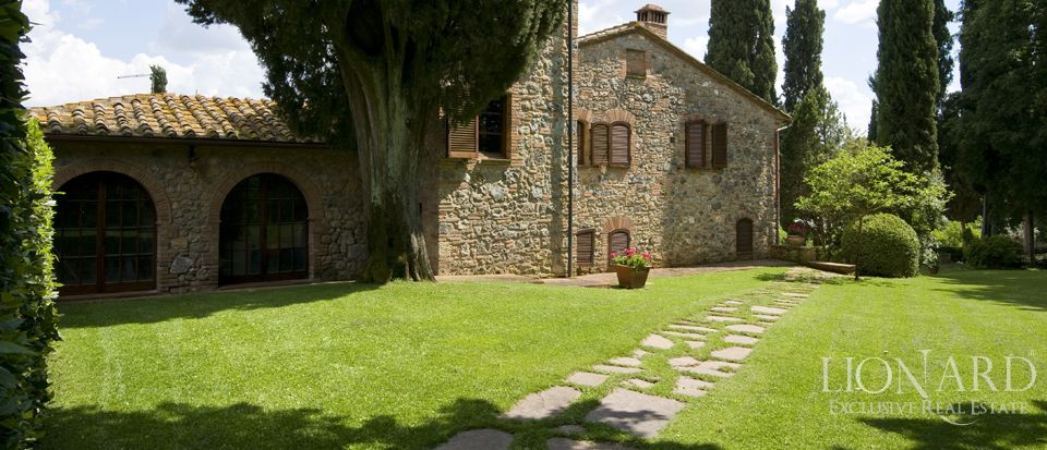 Luxury Villa - Properties in Tuscany Image 5