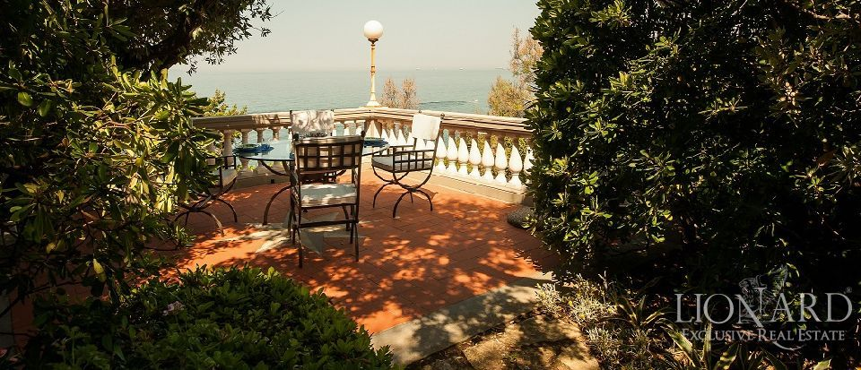 Luxury villa for sale in Castiglioncello Image 1