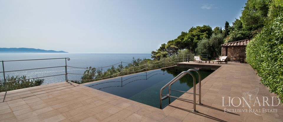 Luxury villa for sale argentario tuscany lionard for Lionard luxury real estate