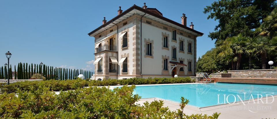 Prestigious house for sale in lake maggiore lionard for Foto di ville