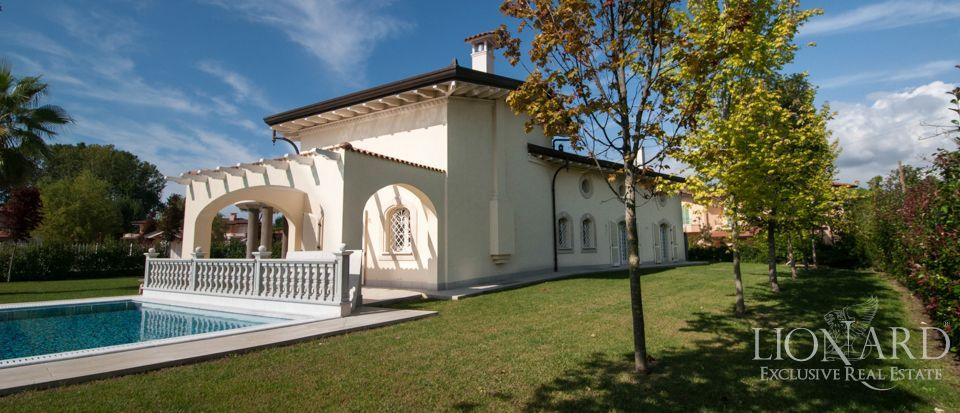 Villas For Sale in Italy - Luxury Homes in Italy Image 11